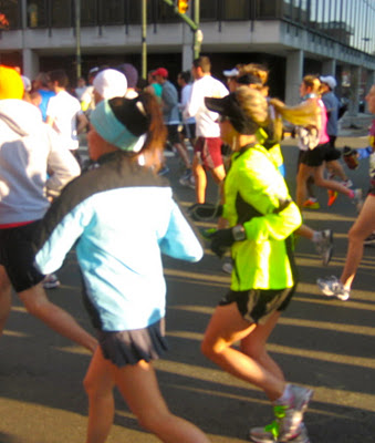 starting a race with my favorite Neon Blonde Runner ;)